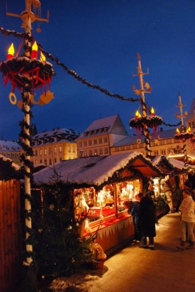 Weihnachtsmarkt Würzburg.Würzburger Weihnachtsmarkt Infos Und Bewertungen Von Das örtliche