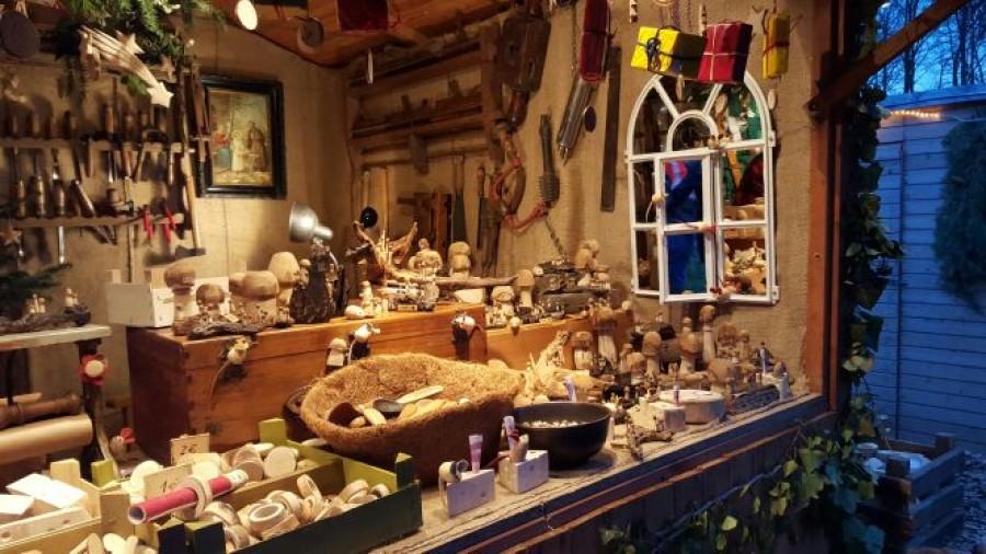 Weihnachtsmarkt Schloss Merode.Romantischer Weihnachtsmarkt Schloss Merode Infos Und Bewertungen
