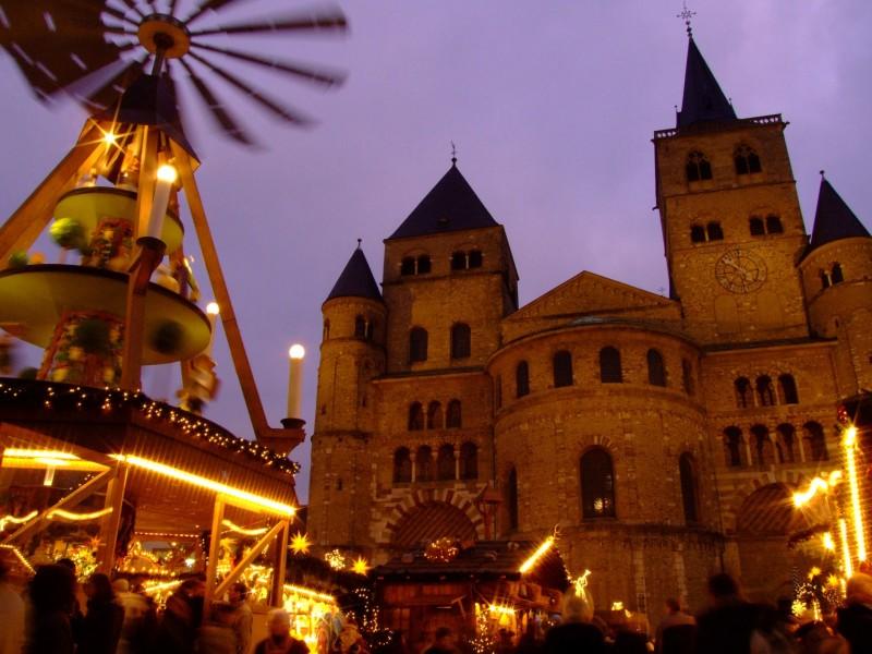Weihnachtsmarkt In Trier.Trierer Weihnachtsmarkt Infos Und Bewertungen Von Das örtliche